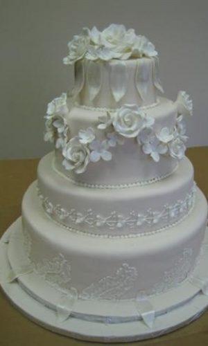 White-wedding-cakes