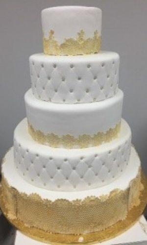 white-headboard-cake